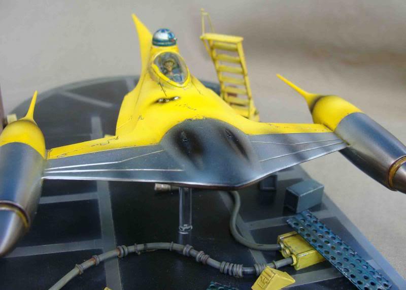 Star Wars - Naboo Starfighter DSC09850_zpsf48c7792