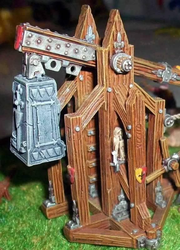 Warhammer  - Bretonnian Field Trebuchet  100_3284r