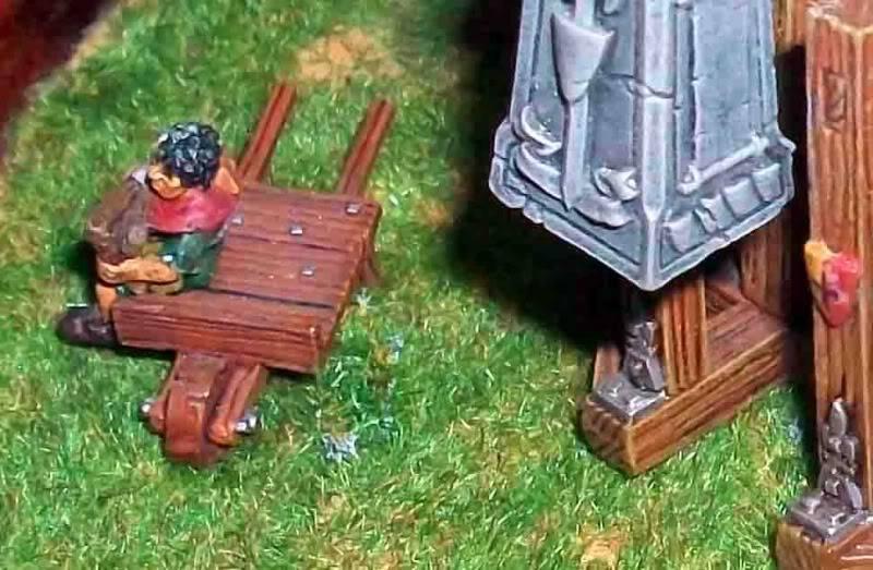 Warhammer  - Bretonnian Field Trebuchet  100_3298cc