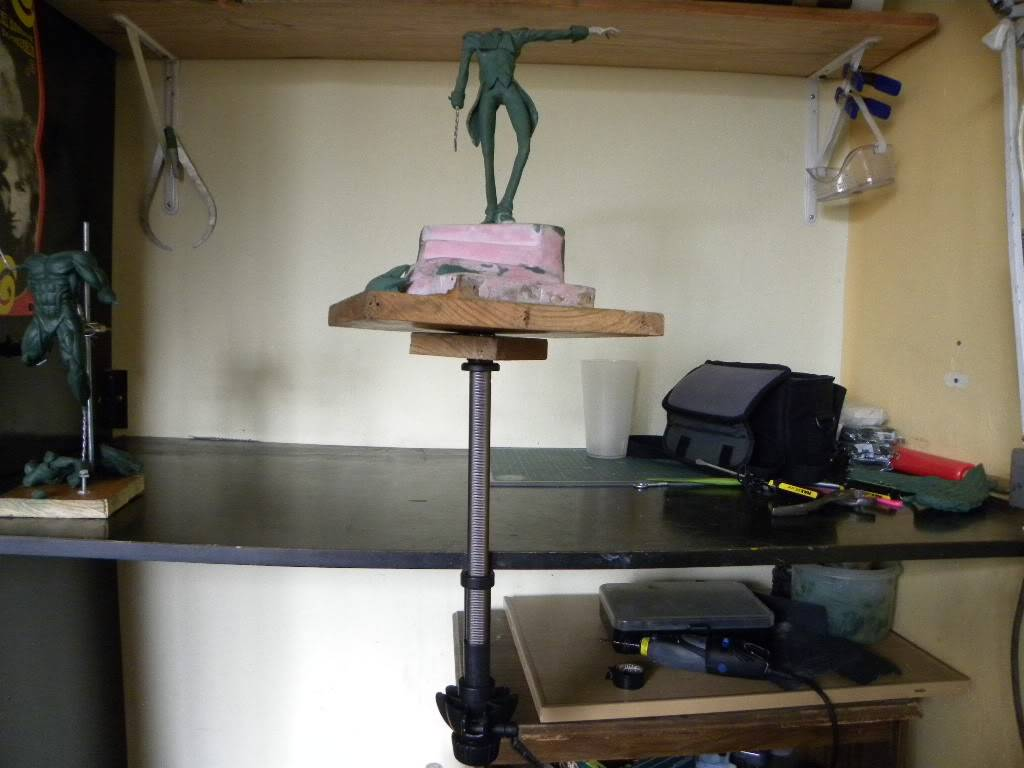 Mejorando mi espacio de trabajo haciendo bricolaje con keroro DSCN5125