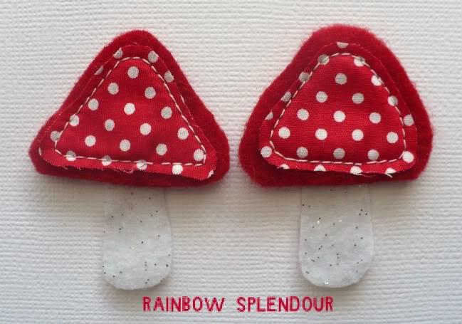 Felt mushrooms P1090965-1