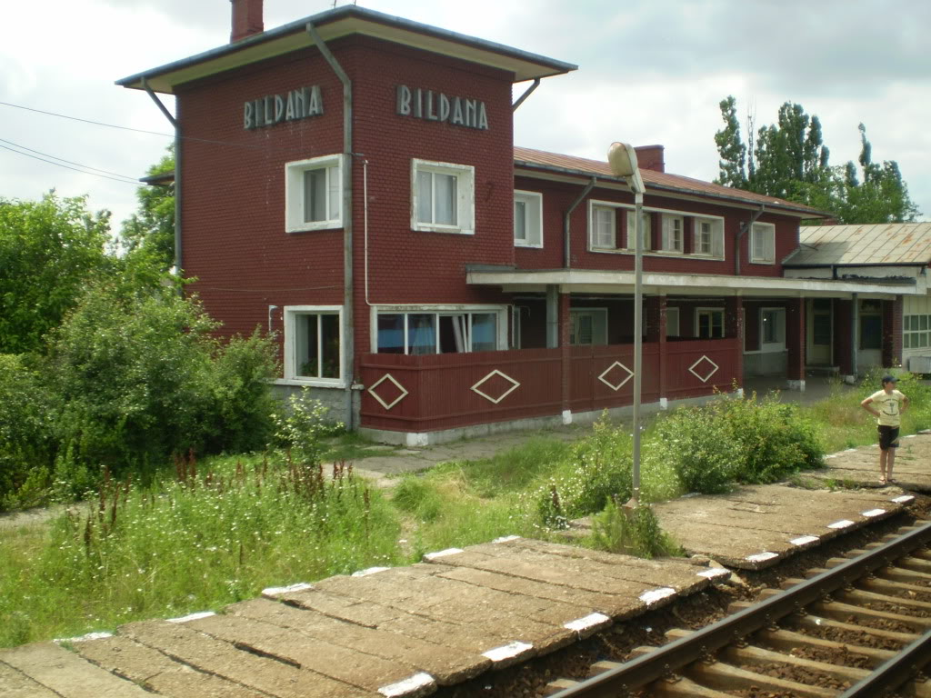 901 : Bucuresti Nord - Titu - Pitesti - Piatra Olt - Craiova P1010005_02-1