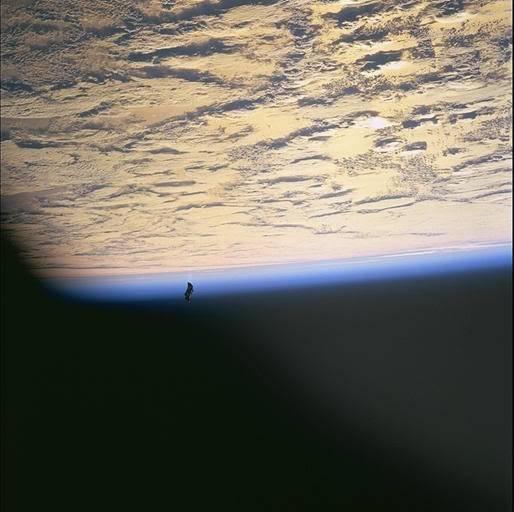 """Drevni satelit """" Black Knight """" 8a32803e"""