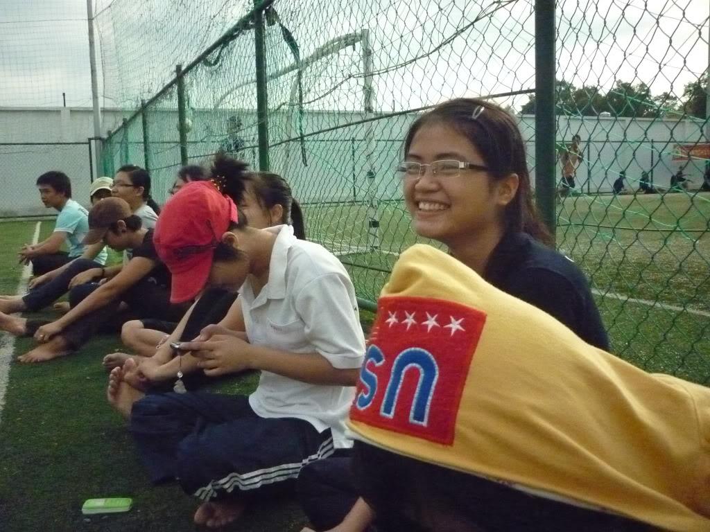 Trận cầu sáng ngày 4/5/2011 51CTN thắng 12-2 P1040850