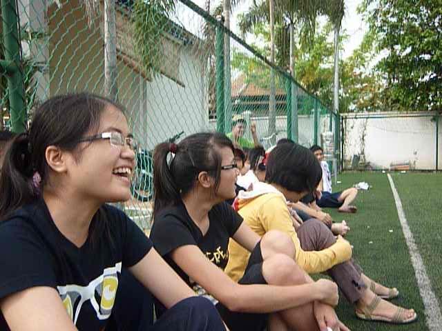Trận cầu sáng ngày 4/5/2011 51CTN thắng 12-2 P1040858