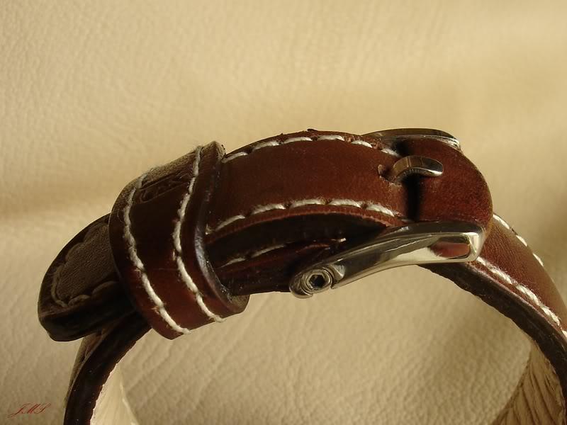 Boucles et bracelets...ça bricole toujours dans le Sud DSC00800