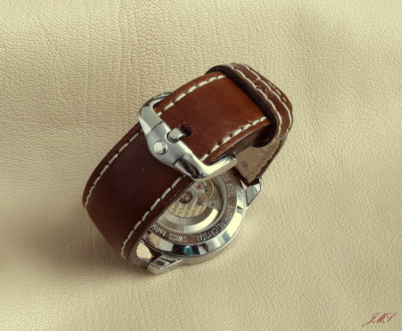 Boucles et bracelets...ça bricole toujours dans le Sud IMG_2044