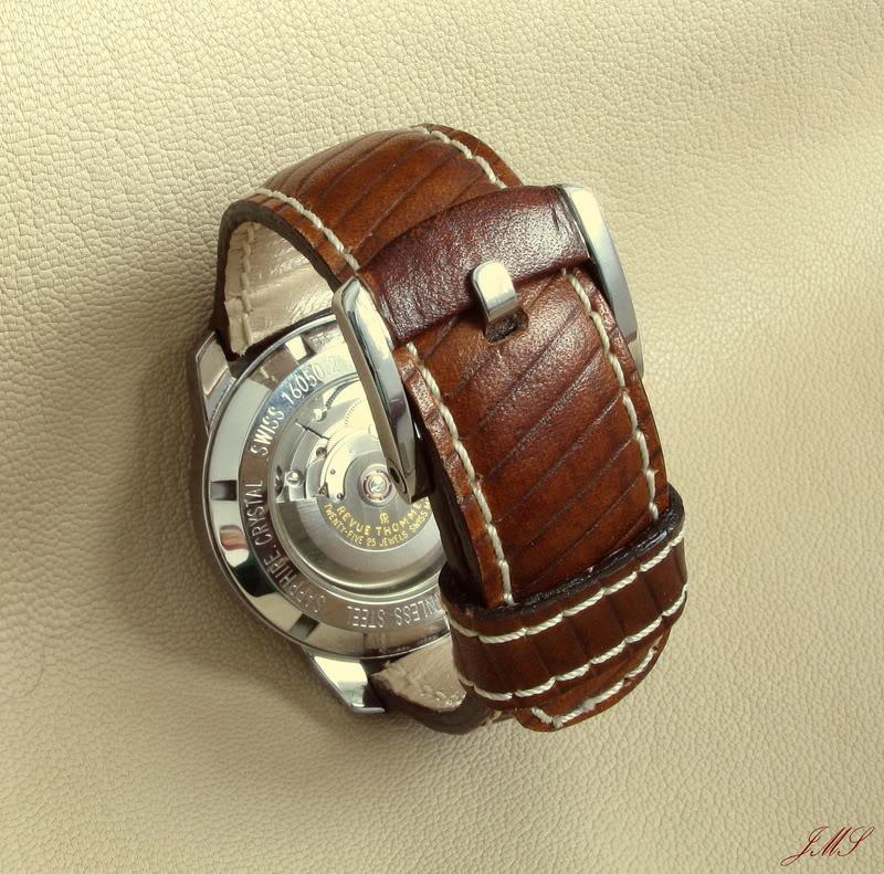 Boucles et bracelets...ça bricole toujours dans le Sud IMG_2056