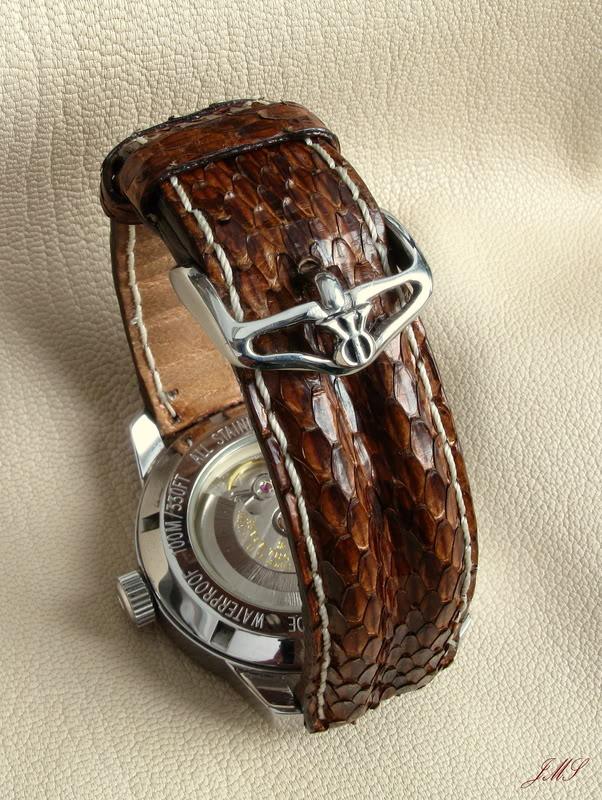 Boucles et bracelets...ça bricole toujours dans le Sud IMG_2083