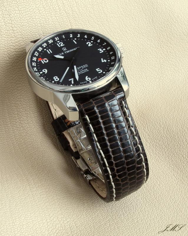 Boucles et bracelets...ça bricole toujours dans le Sud IMG_2094