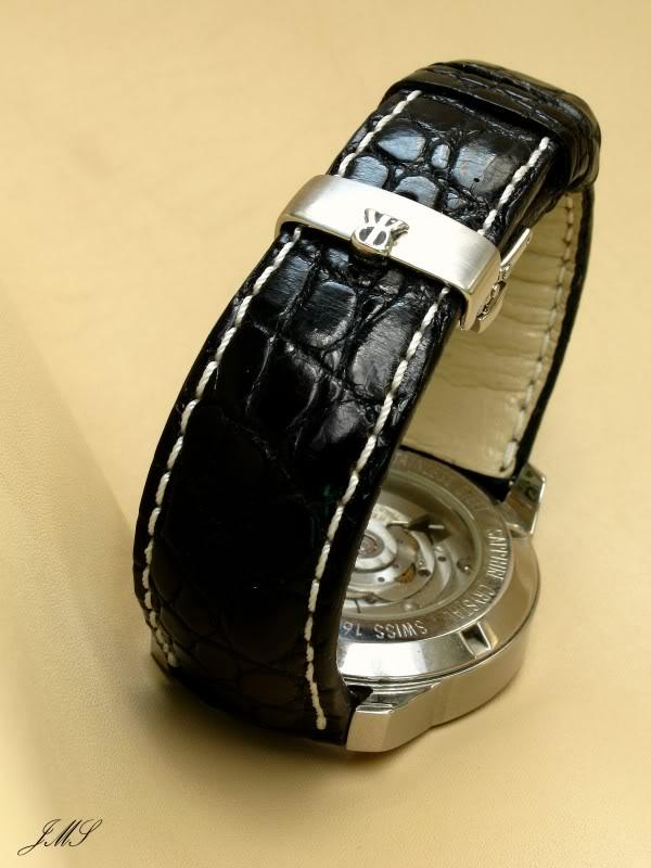 Boucles et bracelets...ça bricole toujours dans le Sud IMG_4635