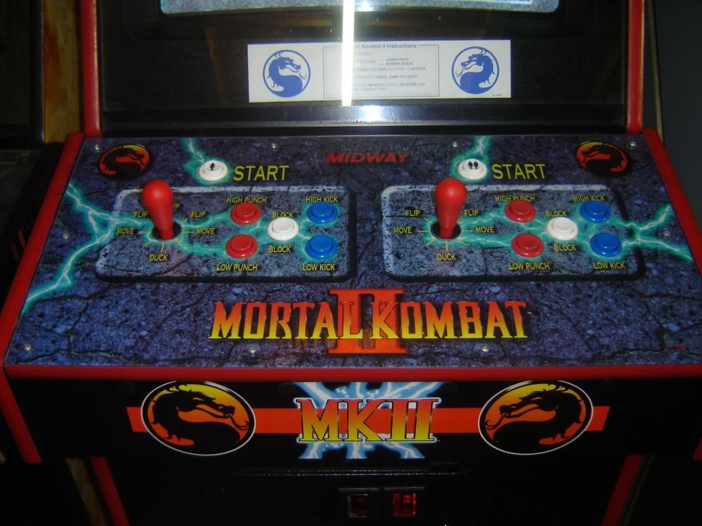 [VDS] Mortal Kombat 1 - 2 - 3 - 4 arcade cabinets DSC02011