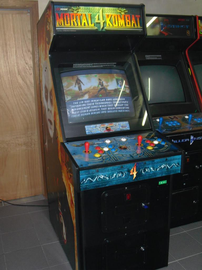 [VENDU] Mortal Kombat 4 -dedicated- Multigame 3033 in one MK4_front