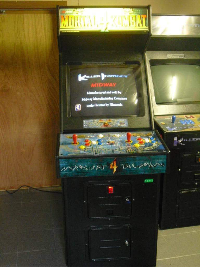 [VENDU] Mortal Kombat 4 -dedicated- Multigame 3033 in one MK4_front2