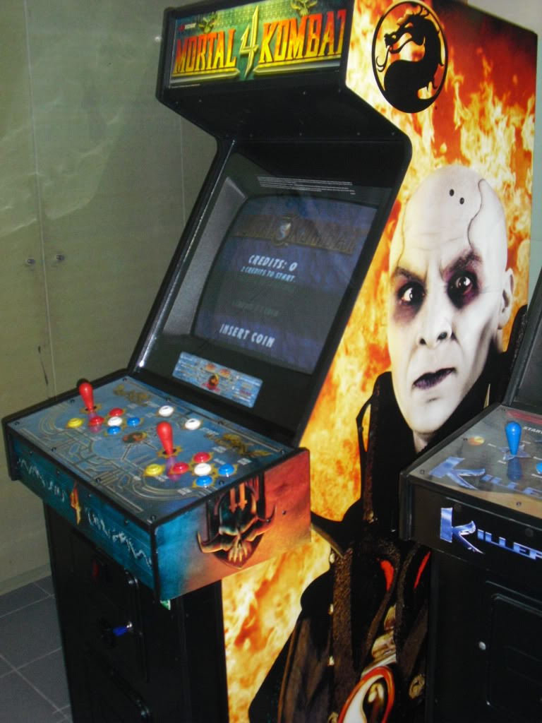 [VENDU] Mortal Kombat 4 -dedicated- Multigame 3033 in one MK4_right
