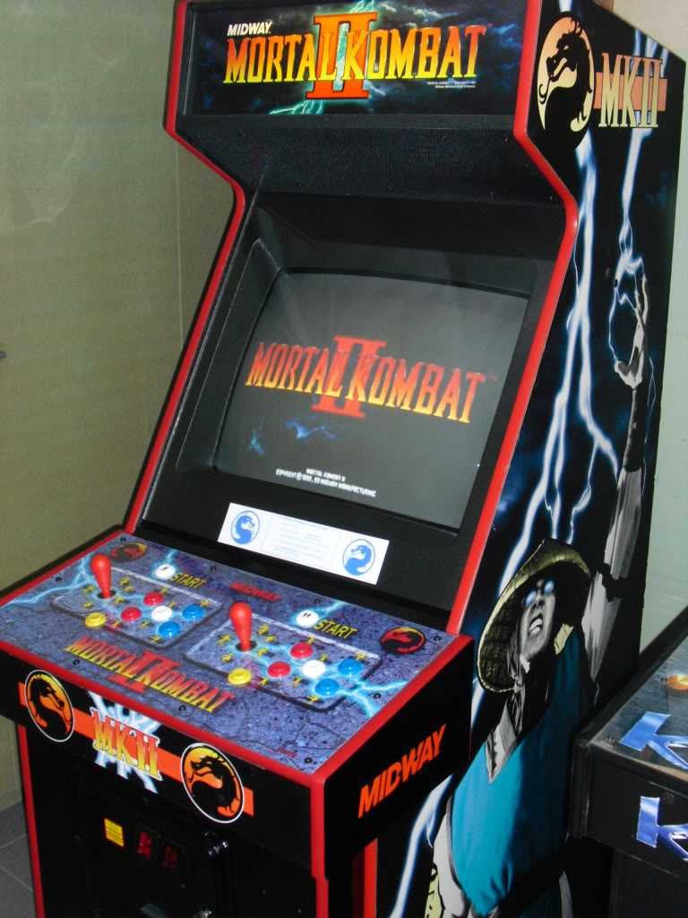 [Vendu] Mortal Kombat II dedicated -MultiGame- MK2_rightTop
