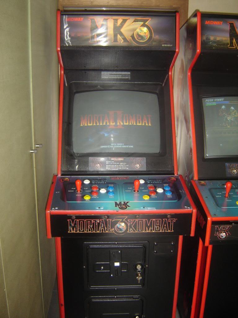 [VDS] Mortal Kombat 1 - 2 - 3 - 4 arcade cabinets DSC02001