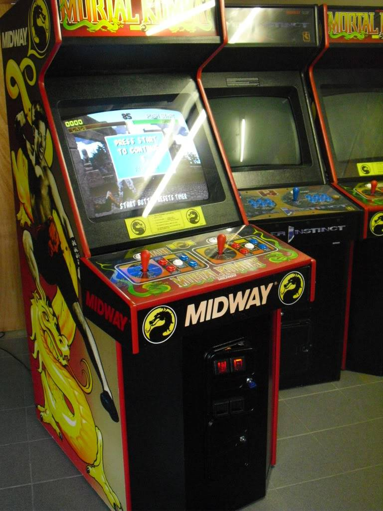 [Sold] Mortal Kombat dedicated MK1Left