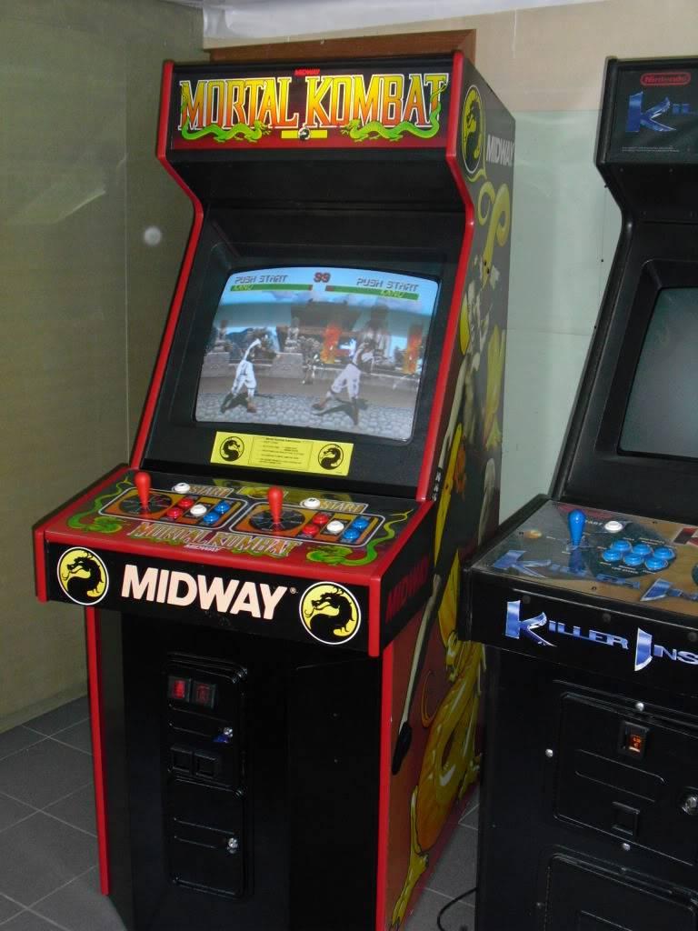 [Sold] Mortal Kombat dedicated MK1right