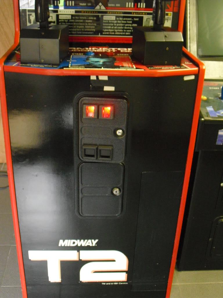 [VENDU] Terminator 2 arcade shooter T2doors