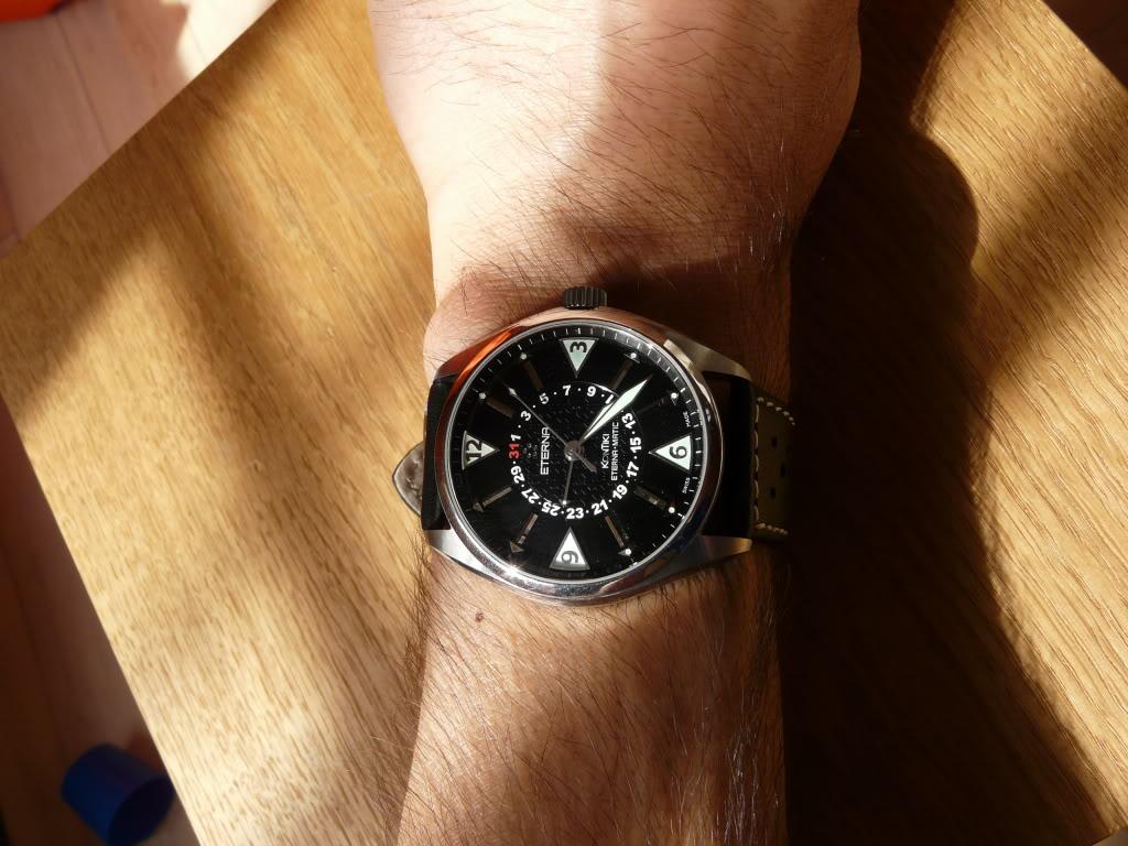 Eterna - Quel bracelet avez vous sur votre Eterna Kontiki fourhands ? P1040118
