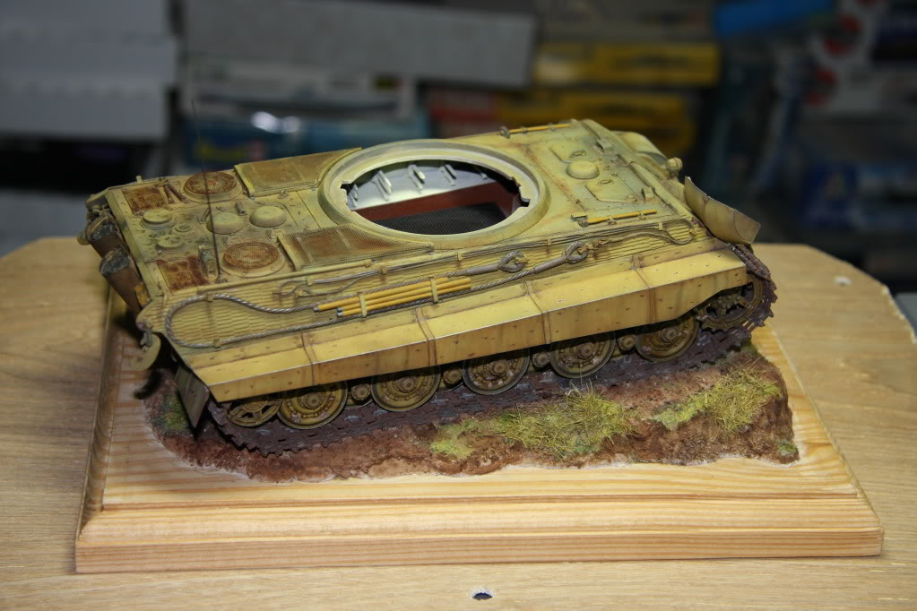 King Tiger Ausf B Late Early to Mid Production Feb to April 1944 IMG_3982