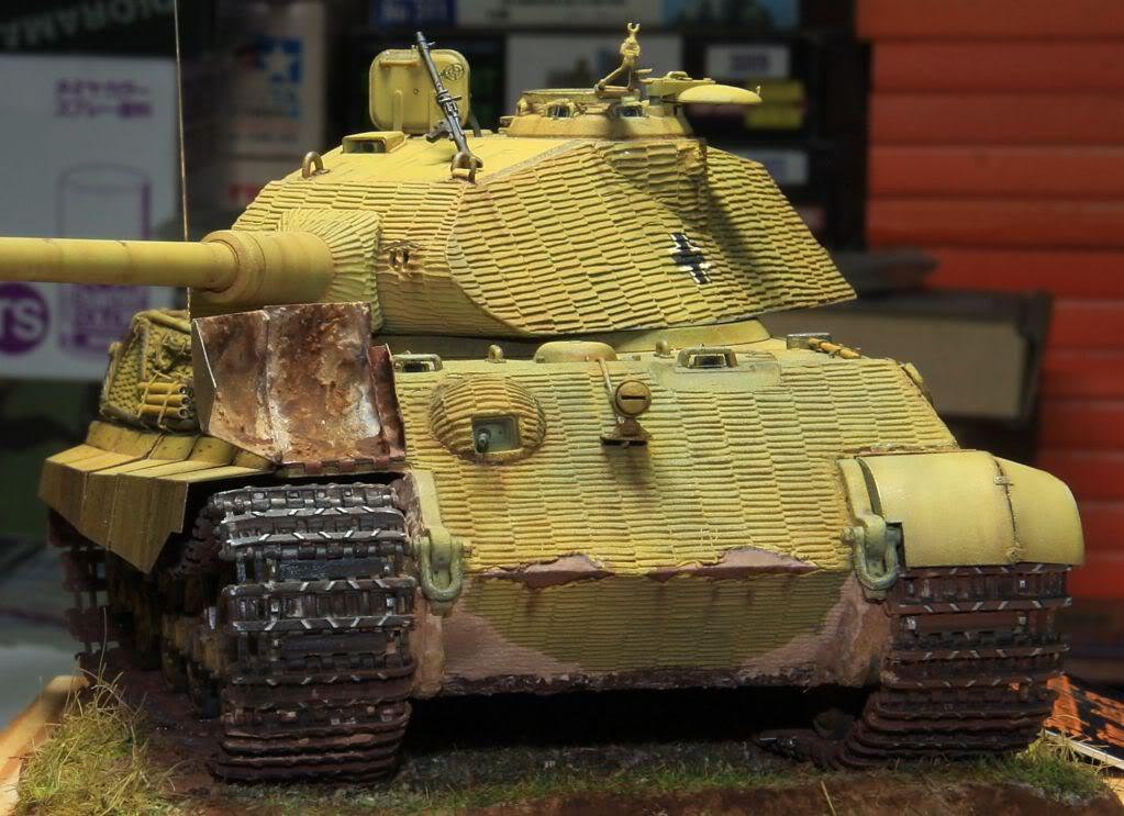 King Tiger Ausf B Late Early to Mid Production Feb to April 1944 IMG_3988-1