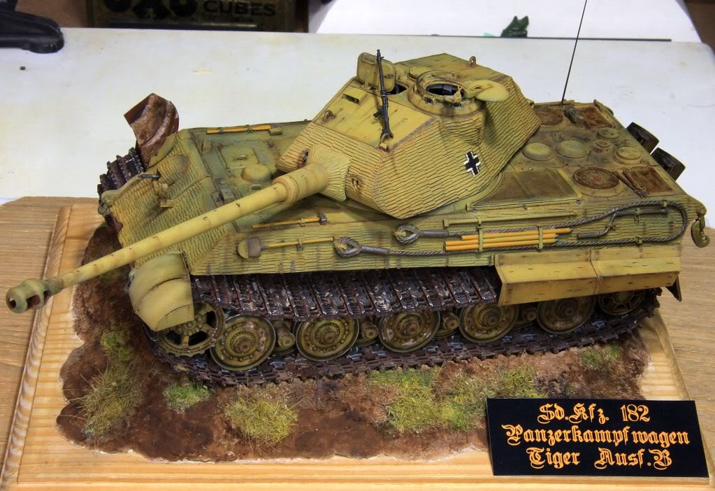 King Tiger Ausf B Late Early to Mid Production Feb to April 1944 IMG_4005a