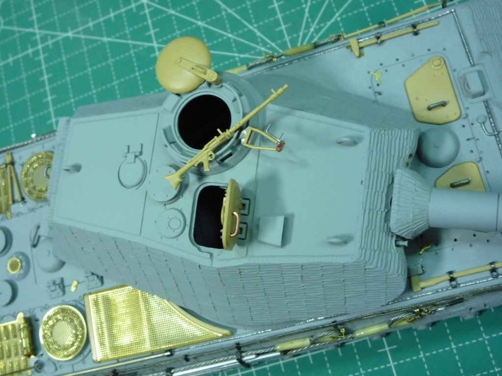 King Tiger Ausf B Late Early to Mid Production Feb to April 1944 P1010079