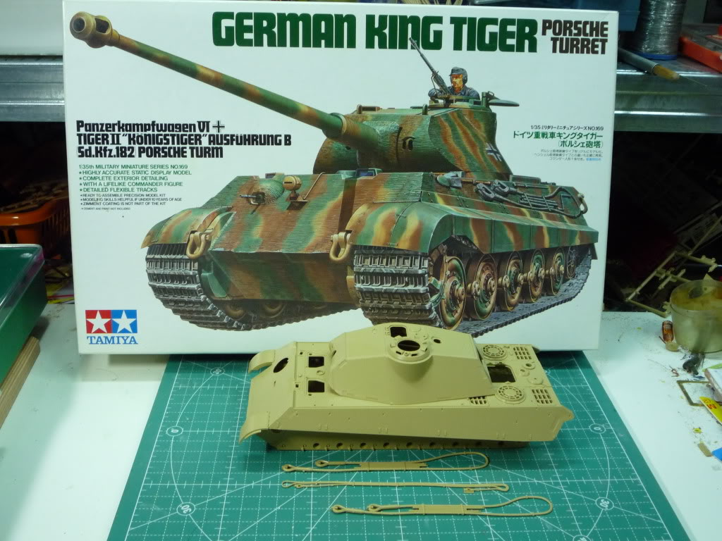 King Tiger Ausf B Late Early to Mid Production Feb to April 1944 P1010091