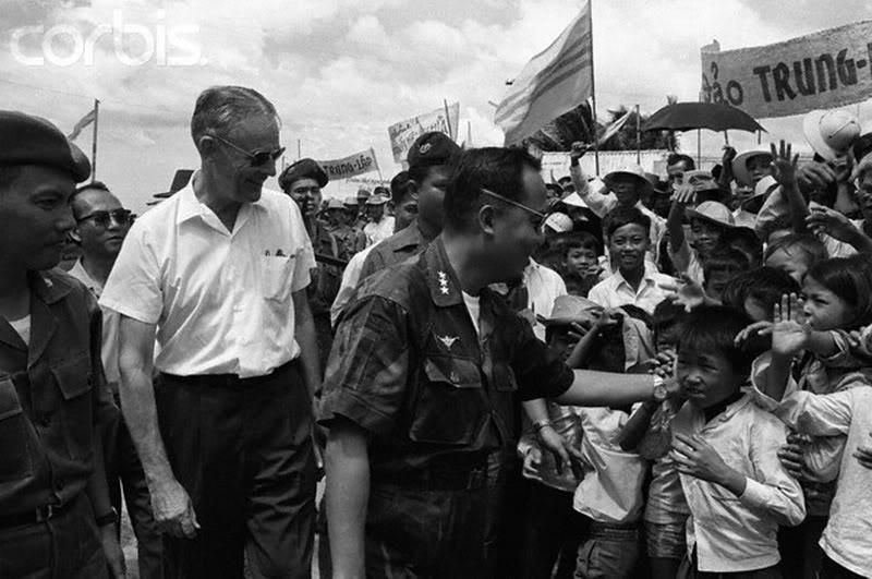 Những bức ảnh về chiến tranh VIỆT NAM Vnw64_21