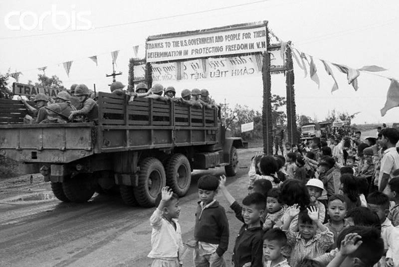 Những bức ảnh về chiến tranh VIỆT NAM Vnw65_040