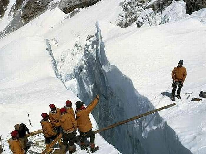 Post your favorite pics friends (any pics ). Crossing-crevasse_10752_600x450