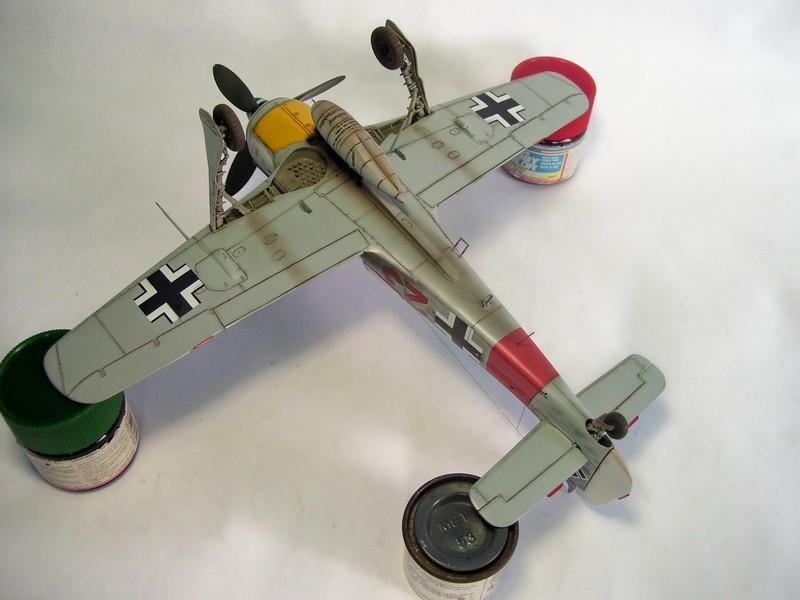 Focke Wulf 190 A-7, Rot 23 Heinz Bar (Dragon 1/48). HeinzBarRot23%2021