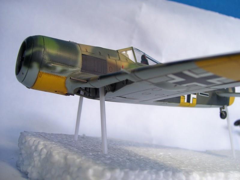 Focke Wulf 190 A-7, Rot 23 Heinz Bar (Dragon 1/48). UltimosavancesFockeWulfEmilLang%203