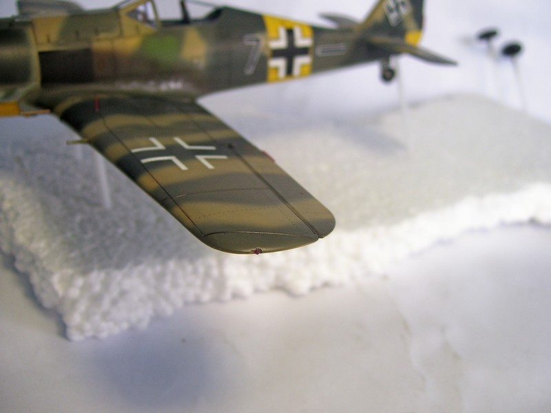 Focke Wulf 190 A-7, Rot 23 Heinz Bar (Dragon 1/48). UltimosavancesFockeWulfEmilLang%204