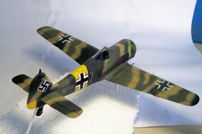 Focke Wulf 190 A-7, Rot 23 Heinz Bar (Dragon 1/48). UltimosavancesFockeWulfEmilLang%206
