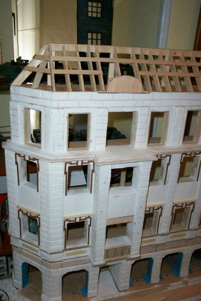 Planos de contrucciones a escala FOTOG-16-fachada-tejadolateralizquierdo