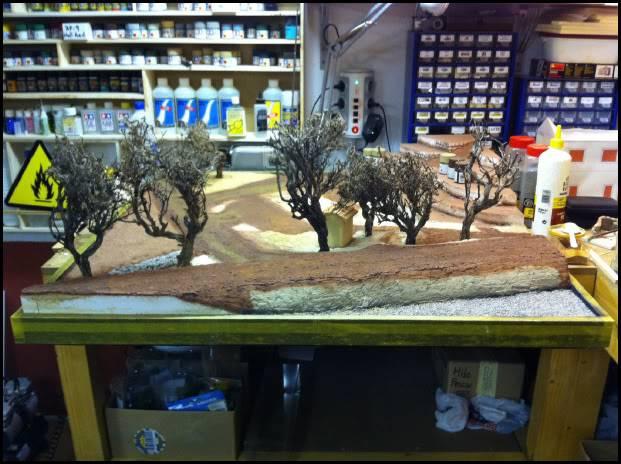 """Diorama: """"El primer souvenir"""" - Página 3 L013-2"""