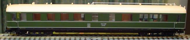 Salonwagen Sal 4ü-37a der DR Vagn-pass-2