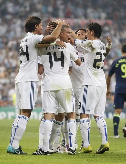 Real Madrid: Mourinho đã tìm ra công thức chiến thắng? 1284720279-bong-da-Real