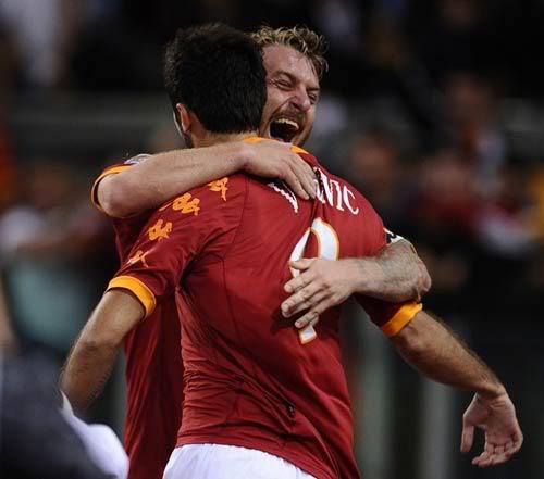 Serie A sau vòng 5: Những linh hồn được cứu rỗi 1285577293-bong-da-roma