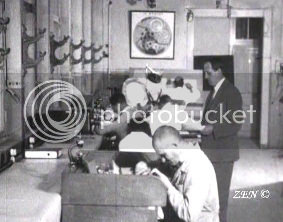 Voyage dans le temps avec des photos rares de 1925 Bureautechnique1926copie