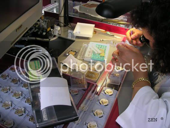 Préparation des montres aux tests du COSC dans la manufacture ZENITH Controledescalibresassembls2copie