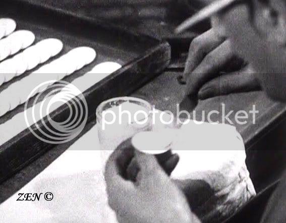 Voyage dans le temps avec des photos rares de 1925 Posedelmailcopie