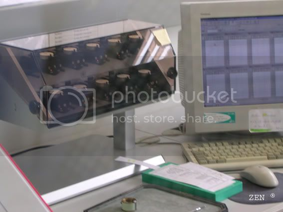 Préparation des montres aux tests du COSC dans la manufacture ZENITH PrparationdescalibrespourCOSCsurmac