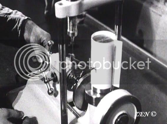 Voyage dans le temps avec des photos rares de 1925 Testdelaforceduressortdanslebarille