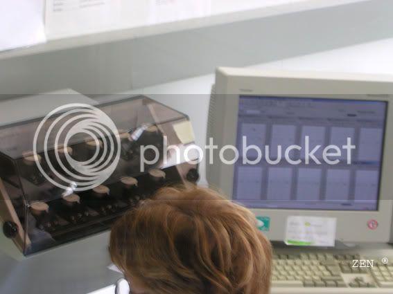 Préparation des montres aux tests du COSC dans la manufacture ZENITH PrparationCOSCsurmachine2copie