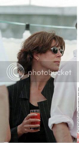 Carolina, princesa de Hannover y de Mónaco - Página 40 00339784_000038bro