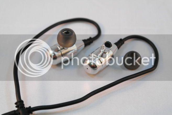 Brainwavz R3: le in ear a doppio driver dinamico – Recensione R3-04